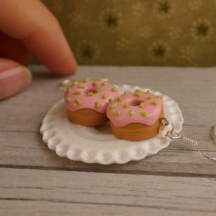 Růžovo-zelené donutky