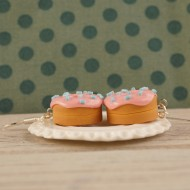 Růžovo-šmoulové donutky
