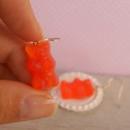 Červení gumídci