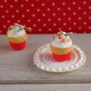 Muffiny s barevnými puntíky